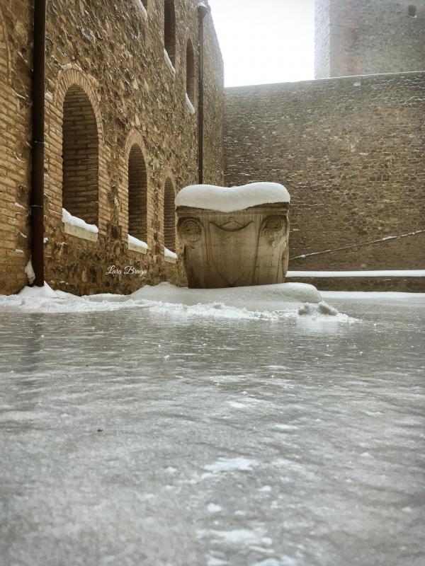 La Rocca e la Galaverna....ghiaccio sulla neve107 - Larabraga19 - Montefiore Conca (RN)