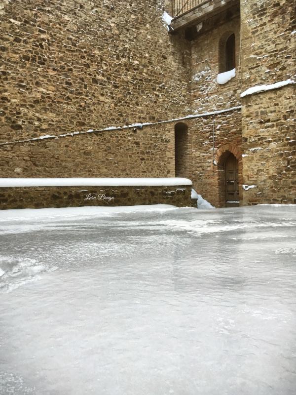 La Rocca e la Galaverna....ghiaccio sulla neve111 - Larabraga19 - Montefiore Conca (RN)
