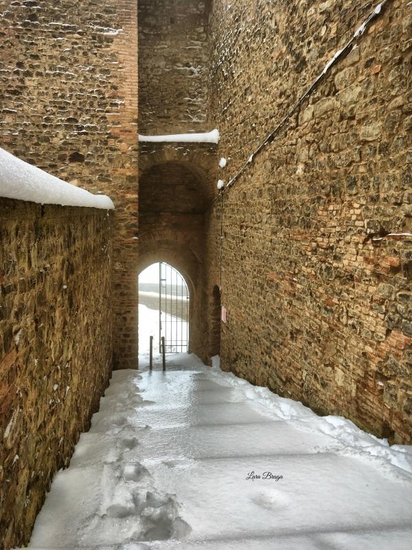 La Rocca e la Galaverna....ghiaccio sulla neve105 - Larabraga19 - Montefiore Conca (RN)