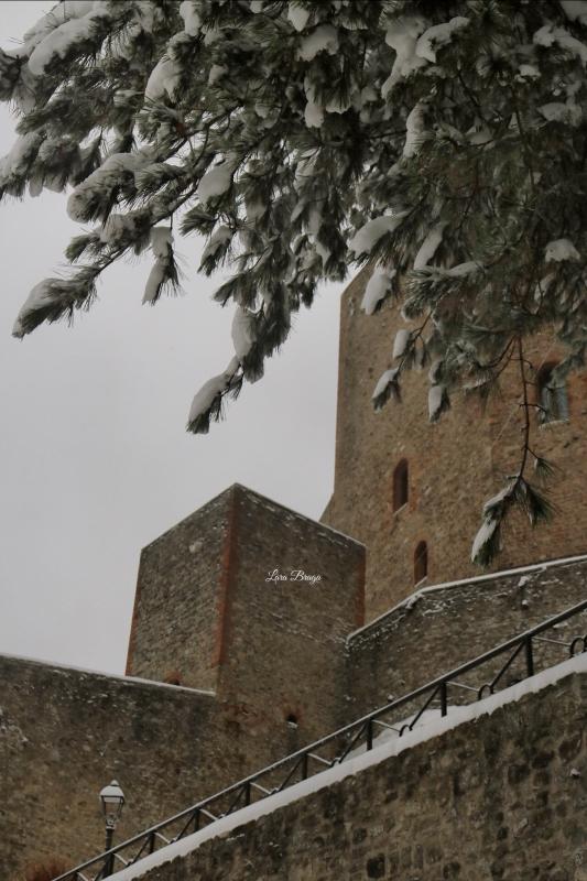 La Rocca e la neve21 - Larabraga19 - Montefiore Conca (RN)