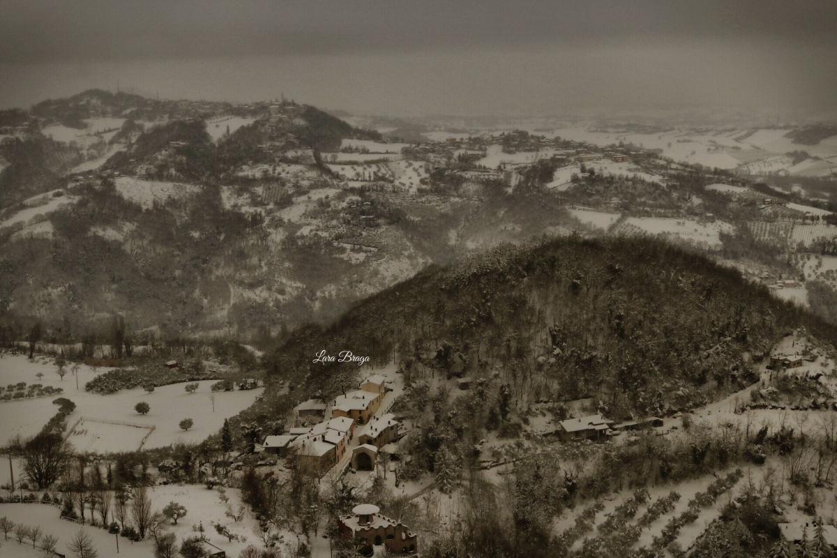 La Rocca e la neve3 - Larabraga19 - Montefiore Conca (RN)