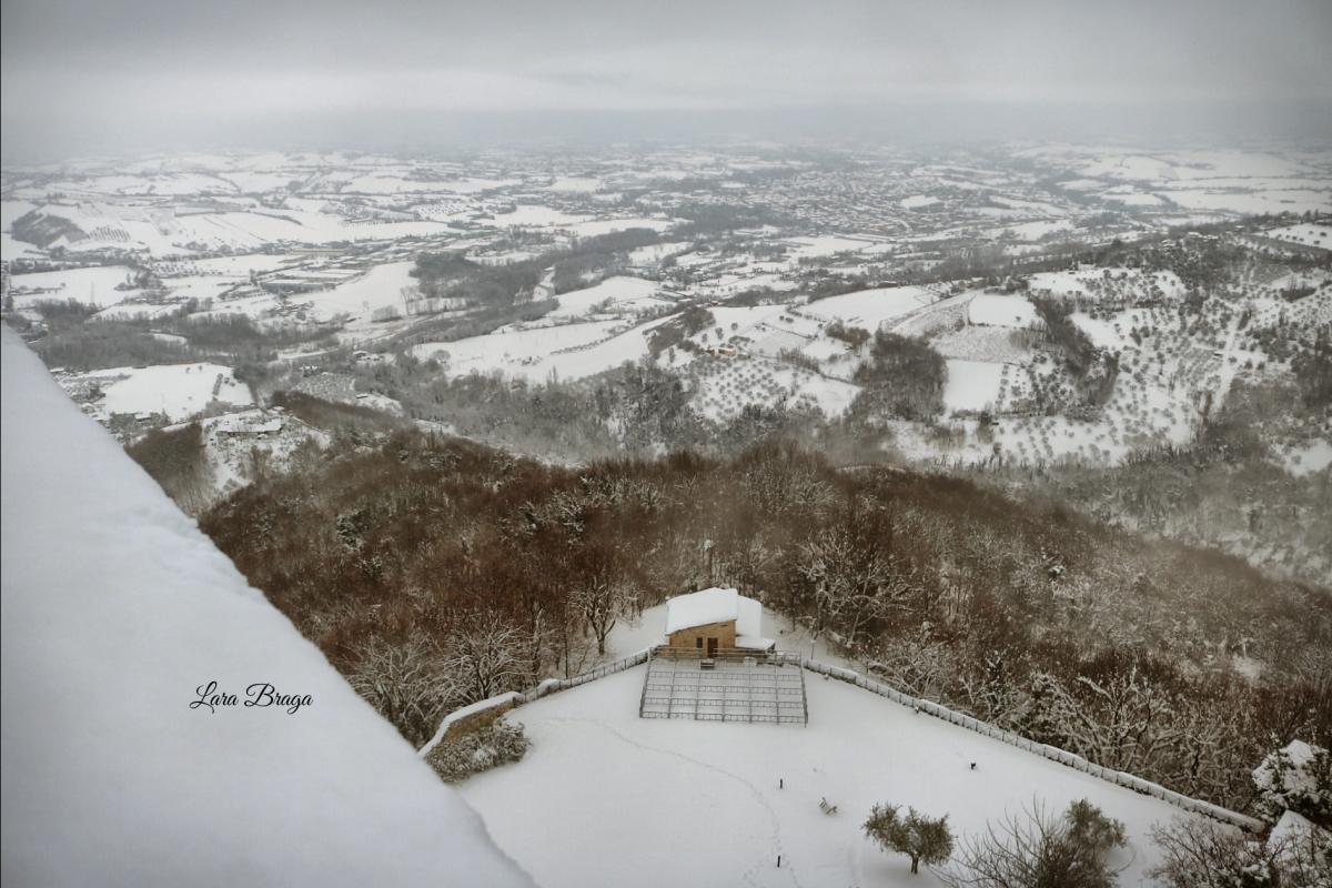 La Rocca e la neve11 - Larabraga19 - Montefiore Conca (RN)