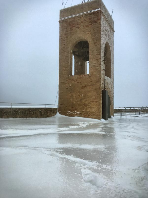 La Rocca e la Galaverna....ghiaccio sulla neve9 - Larabraga19 - Montefiore Conca (RN)