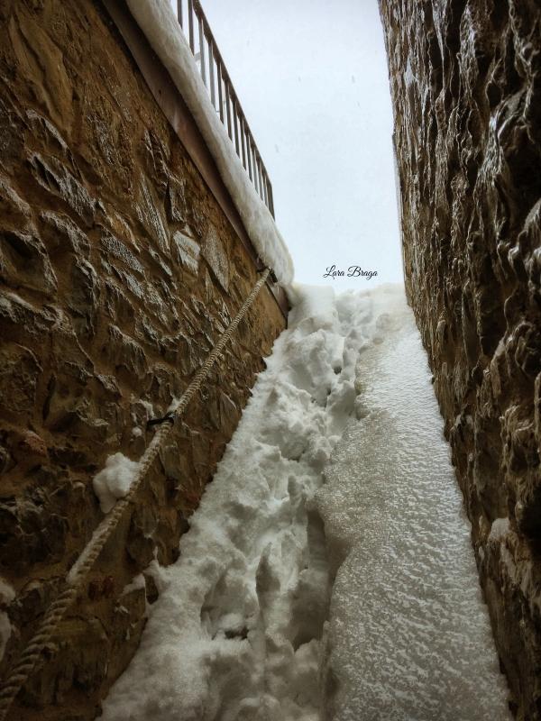 La Rocca e la Galaverna....ghiaccio sulla neve8 - Larabraga19 - Montefiore Conca (RN)