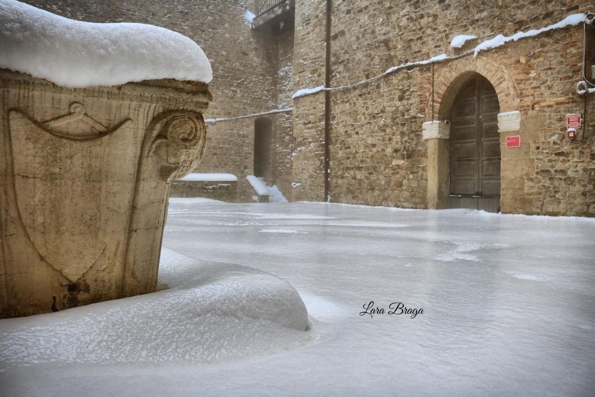 La Rocca e la Galaverna....ghiaccio sulla neve45 - Larabraga19 - Montefiore Conca (RN)