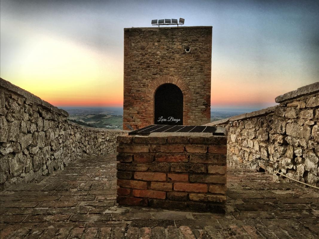 La Rocca ed i suoi colori12 - Larabraga19 - Montefiore Conca (RN)