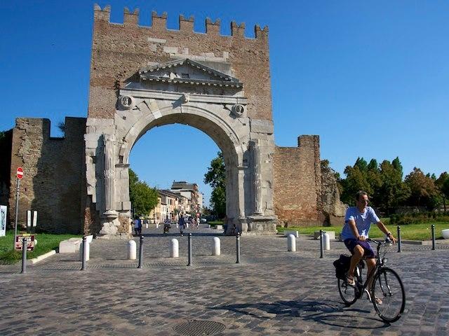 Arco di Augusto in estate - LuMa1970 - Rimini (RN)