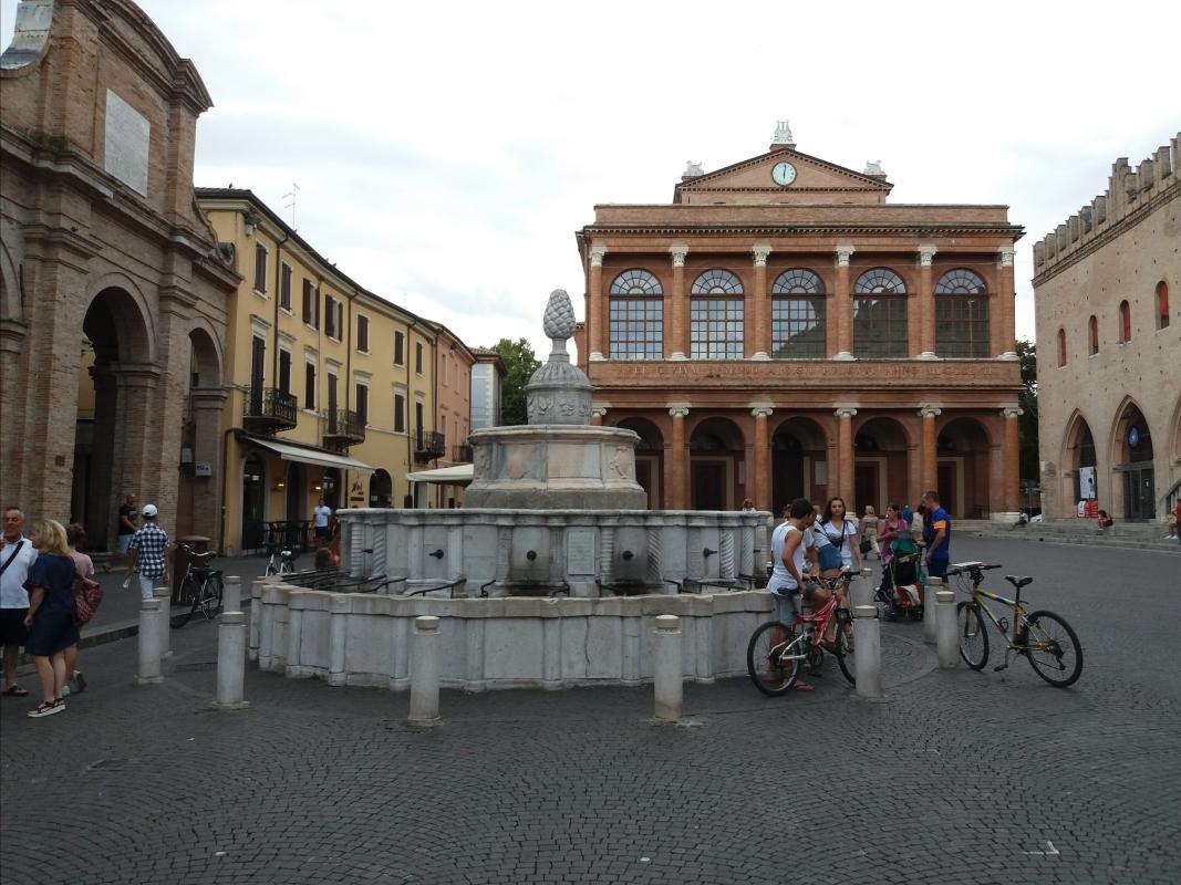 Fontana della Pigna in Rimini 01 - Oleh Kushch - Rimini (RN)