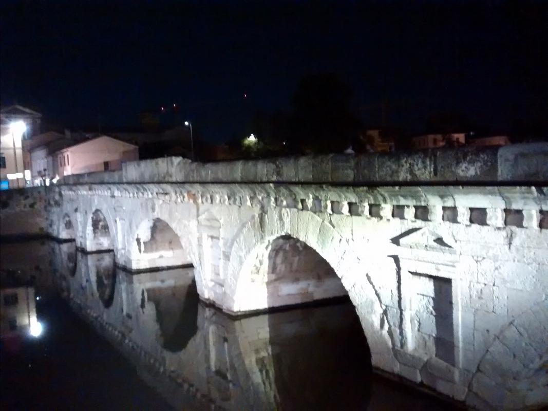 Dettagli notturni - Marmarygra - Rimini (RN)