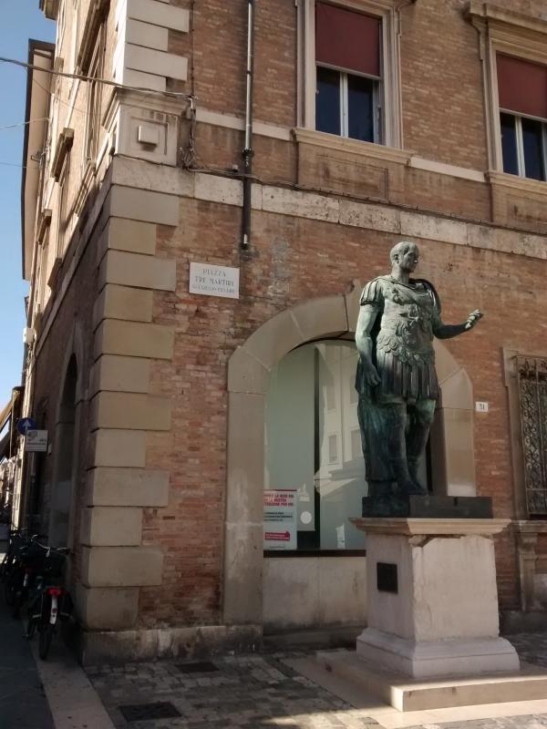 Cesare in Piazza - Marmarygra - Rimini (RN)