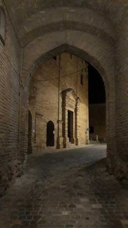 Porta montanara - Marco Musmeci - Saludecio (RN)