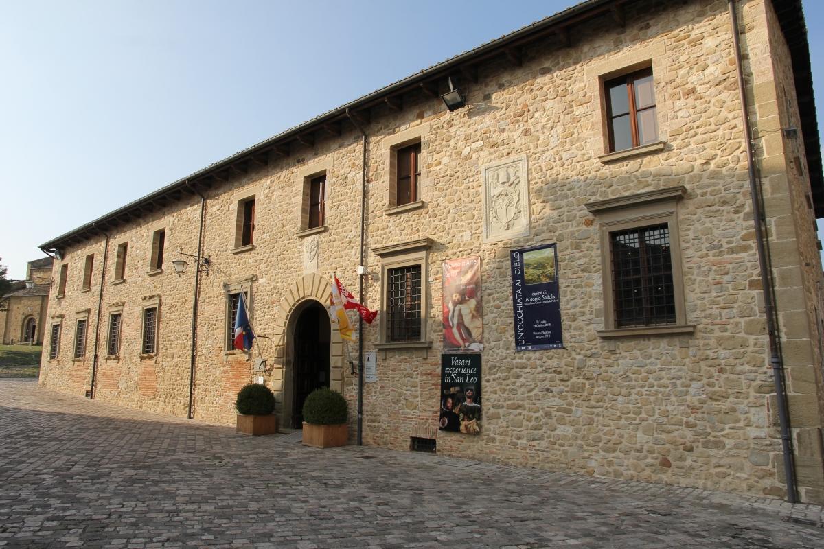 San Leo, palazzo mediceo (03) - Gianni Careddu - San Leo (RN)