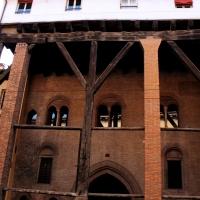 Strada Maggiore e la sua Casa Isolani - Patrizia - Bologna (BO)