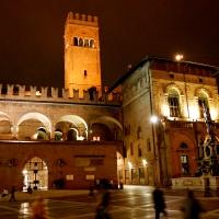 Palazzo Re Enzo, di sera - Valentina.desantis - Bologna (BO)
