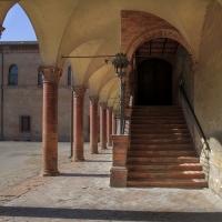 Cortile all' interno del Castello di Bentivoglio - Angelo Riberti - Bentivoglio (BO)