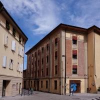 Via Azzo Gardino - Cinzia.gabriele - Bologna (BO)