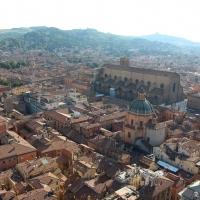 Basilica San Petronio - visuale laterale dall'alto della Torre degli Asinelli - G1G4BREAK - Bologna (BO)