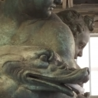 Bologna. Statua del Nettuno. Putti dettaglio - Raffacossa - Bologna (BO)
