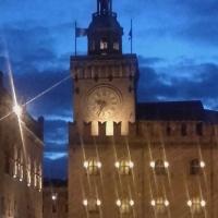 Torre dell'Orologio e Palazzo dei Notai di sera - PieroRinaldi65 - Bologna (BO)