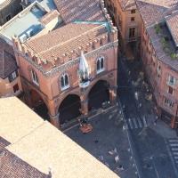 Piazza della Mercanzia - visione dall'alto della Torre degli Asinelli - G1G4BREAK - Bologna (BO)