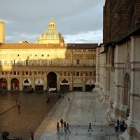 Scorcio Piazza Maggiore San Petriono da Palazzo dei Notai - Waltre manni - Bologna (BO)