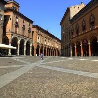 Piazza Santo Stefano 1 - Roberta Milani - Bologna (BO)