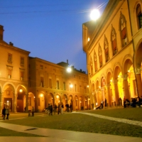 Piazza Santo Stefano vista con le spalle alla basilica - Giusiana86 - Bologna (BO)