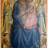 Lorenzo monaco, madonna col bambino in trono e quattro angeli, 1402-03 ca. 01 - Sailko - Bologna (BO)