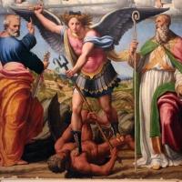Innocenzo da imola, madonna in gloria e tre santi, 1517-22, da s. michele in bosco 03 - Sailko - Bologna (BO)