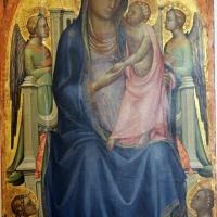 Lorenzo monaco, madonna col bambino in trono e quattro angeli, 1402-03 ca. 02 - Sailko - Bologna (BO)