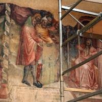 Anonimo bolognese, storie di giuseppe ebreo, 1330-75 ca., 04 i fratelli di giuseppe mostrano la sua veste insanguinata al padre - Sailko - Bologna (BO)