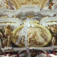 Domenico Maria Canuti, salone di palazzo pepoli campogrande con apoteosi di ercole, quadrature del mengazzino, xvii sec. 21 - Sailko - Bologna (BO)
