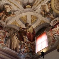 Domenico Maria Canuti, salone di palazzo pepoli campogrande con apoteosi di ercole, quadrature del mengazzino, xvii sec. 06 - Sailko - Bologna (BO)