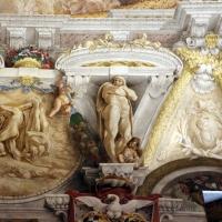 Domenico Maria Canuti, salone di palazzo pepoli campogrande con apoteosi di ercole, quadrature del mengazzino, xvii sec. 24 - Sailko - Bologna (BO)