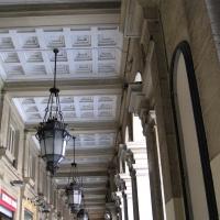 BO - Portici - via Farini - EvelinaRibarova - Bologna (BO)