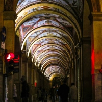 I portici Bolognesi di sera, uno spettacolo architettonico - Angelo nacchio - Bologna (BO)