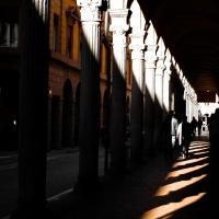 Portici Bolognesi, belli di notte e di giorno - Angelo nacchio - Bologna (BO)