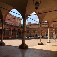 Chiostro del portico dei servi - AnniediGiugno - Bologna (BO)
