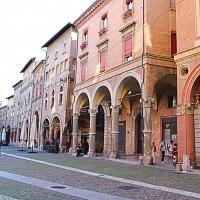 Portici di Via Santo Stefano - LunaLinda - Bologna (BO)
