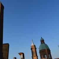 Le torri pendenti dalla Torre degli alberici - Ste Bo77 - Bologna (BO)