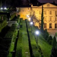 Giardino di Villa Spada di notte - Ugeorge - Bologna (BO)