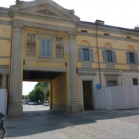 Porta Bologna piazzale esterno - MORSELLI - Crevalcore (BO)