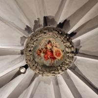Imola, palazzo tozzoni, anticamera della biblioteca 03 figura allegorica con stemma e motto - Sailko - Imola (BO)