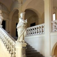 Imola, palazzo tozzoni, scalone con statue in stucco di francesco janssens, 1735 ca. 02 - Sailko - Imola (BO)