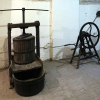 Imola, palazzo tozzoni, cantine, strumenti agricoli 02 - Sailko - Imola (BO)