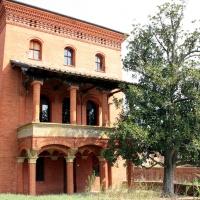 Palazzo Rosso - Esterno con magnolia - Roberta.ullo - Bentivoglio (BO)