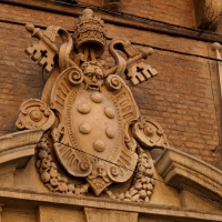 Fontana Vecchia - Stemma papale - MarkPagl - Bologna (BO)
