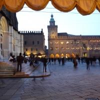 Palazzo d'Accursio VISTO DA SOTTO PORTICO - Anita1malina - Bologna (BO)