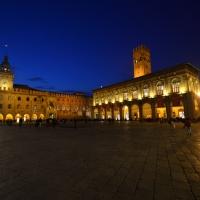 Piazza Maggiore notturna - Wwikiwalter - Bologna (BO)