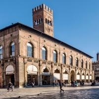 Bologna -- Piazza Maggiore - Vanni Lazzari - Bologna (BO)